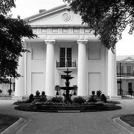 Little Rock's Old State House - BW by Scott Pellegrin