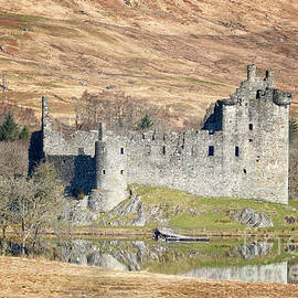 Loch Awe Argyll and Bute by Lynn Bolt