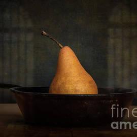 Lone Pear in Cast Iron 1 by Jarrod Erbe