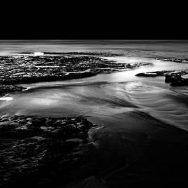 Low Tide, North West Coast of Tasmania by Imi Koetz