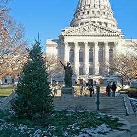 Madison Capitol - Christmas by Steven Ralser
