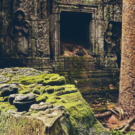 Magical ruins of angkor by Sergio Florez Alonso