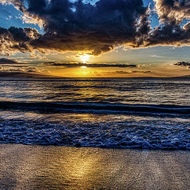Mala Sunset Surf by Dave Fish