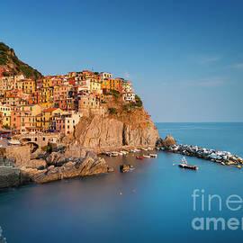 Manarola, Cinque Terre, Italy by Justin Foulkes