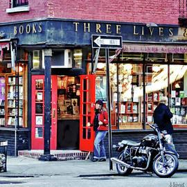 Manhattan NY - Greenwich Village Bookstore by Susan Savad