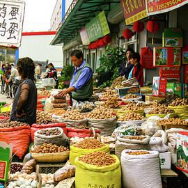 Market Day by Leslie Struxness