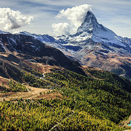 Matterhorn and surroundings by Alexey Stiop