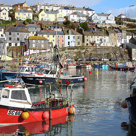 Mevagissey harbour by Tony Mills