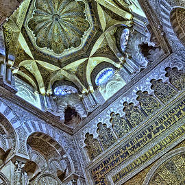 Mezquita de Cordoba 10 by Allen Beatty