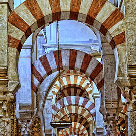 Mezquita de Cordoba 12 by Allen Beatty
