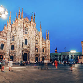 Milan Cathedral - Piazza del Duomo by Alexander Voss