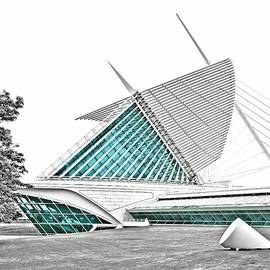 Milwaukee Art Museum 7 by Steven Ralser