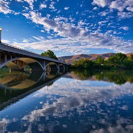 Mirror of clouds by Lynn Hopwood
