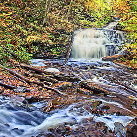 Mohican Falls by Marcia Colelli