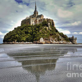 Mont Saint Michel Viewed by the Bay by Paolo Signorini