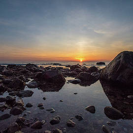 Montauk Sunrise     by Bob Cuthbert