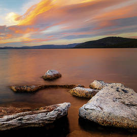 Moody Pike's Point Evening by Mike Lee
