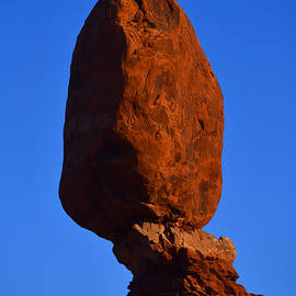 Moon Over Balanced Rock by Stephen Vecchiotti