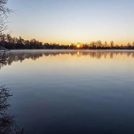 Morning at the lake by Andreas Levi