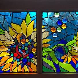Mosaic stained glass - Sunflowers by Catherine Van Der Woerd