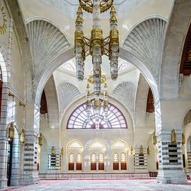 Mosque Muhammad al-Amin interior by Alexey Stiop