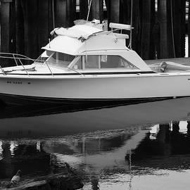 Motor Boat by Sue Jackson