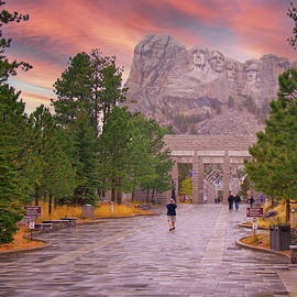 Mt Rushmore at Sunset by Susan Buscho
