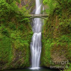 Multnomah Falls, Oregon by Henk Meijer Photography