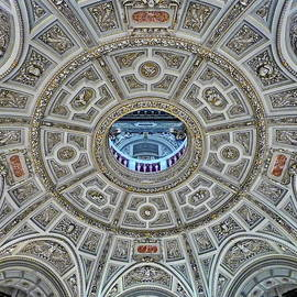Museum of Art History, Vienna by Lyuba Filatova