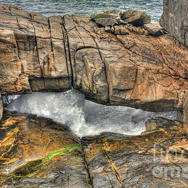 Natural Bridge at the Gap, Albany, Western Australia by Elaine Teague