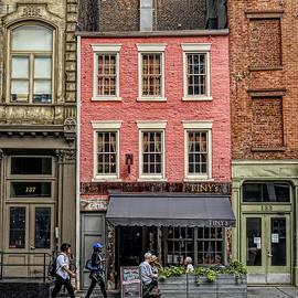 New York City Street Scene by Barbara Elizabeth