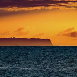 Ni'ihau Sunset by Silvia Matsumoto