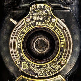 No. 2 Folding. Autographic Brownie by Anthony Ellis