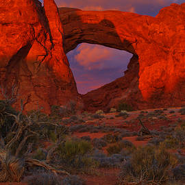 North Window Arch by Stephen  Vecchiotti