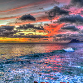 Oahu Hawaii Majestic Sunset Pacific Ocean Seascape Art by Reid Callaway