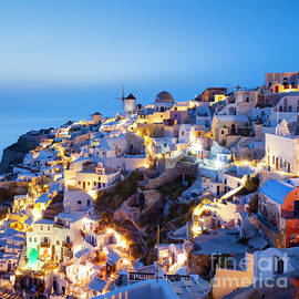 Oia at night, Santorini, Greece by Justin Foulkes