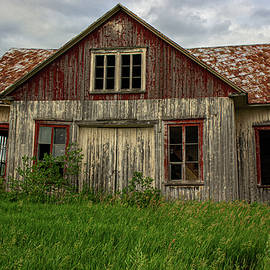 Old Abandoned House by Francois Gendron