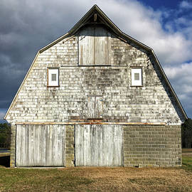 Old Barn Facade in Sussex County by Bill Swartwout Photography