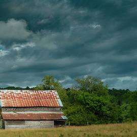 Old Barn by Ryan Johnson