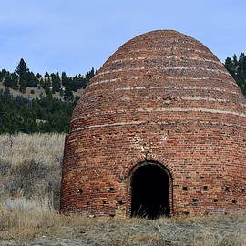 Old Beehive Furnace by Kae Cheatham