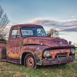 Old Ford F100 by Fon Denton