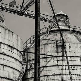 Old Grain Silo by Paul Quinn