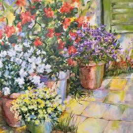 On the frontyard II   by Cathy MONNIER