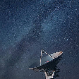 One Array and Milky Way by Art Cole