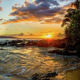 Pa'ako Sunset by Kelly Wade