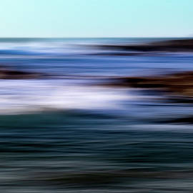 Painting The Ocean  by Paulo Viana