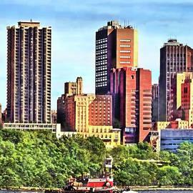 Palisades Interstate Park - Tugboat on the Hudson by Susan Savad