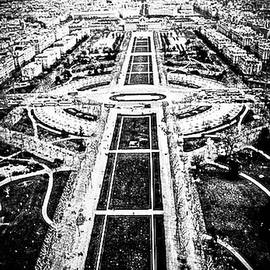 Panoramic sky view of the Trocadero in Paris .   by Cyril Jayant