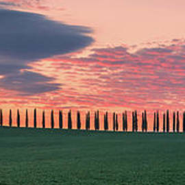 Panoramic sunrise at Agriturismo Poggio Covili by Henk Meijer Photography