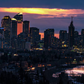 Panoramic View of the City of Calgary, Alberta, Canada by Yves Gagnon